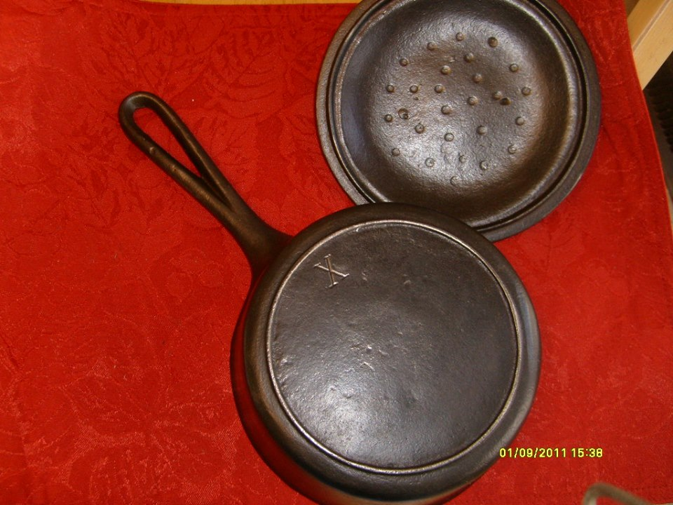 (7) BSR Red Mt 2 qt sauce pan, loop handle, heat ring X on bottom 03