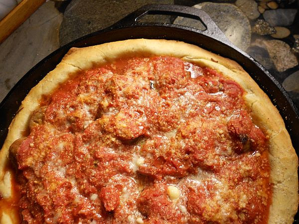 Cast Iron Chicago Deep Dish Pizza