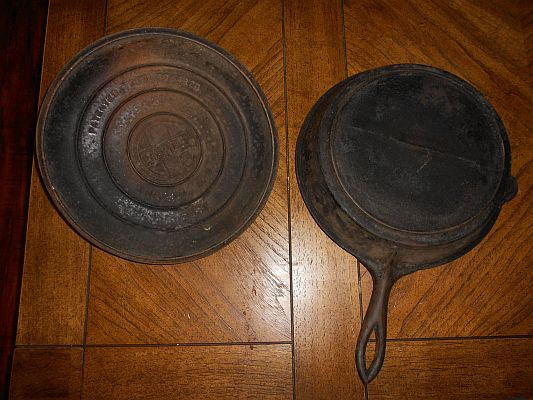 19th century cast iron pan with Griswold lid (back)