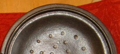 redmountain-lid-underside.jpg